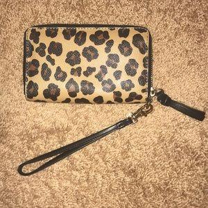 d9555b709500 Tory Burch Bags - Tory Burch Wristlet Wallet in Cheetah Print